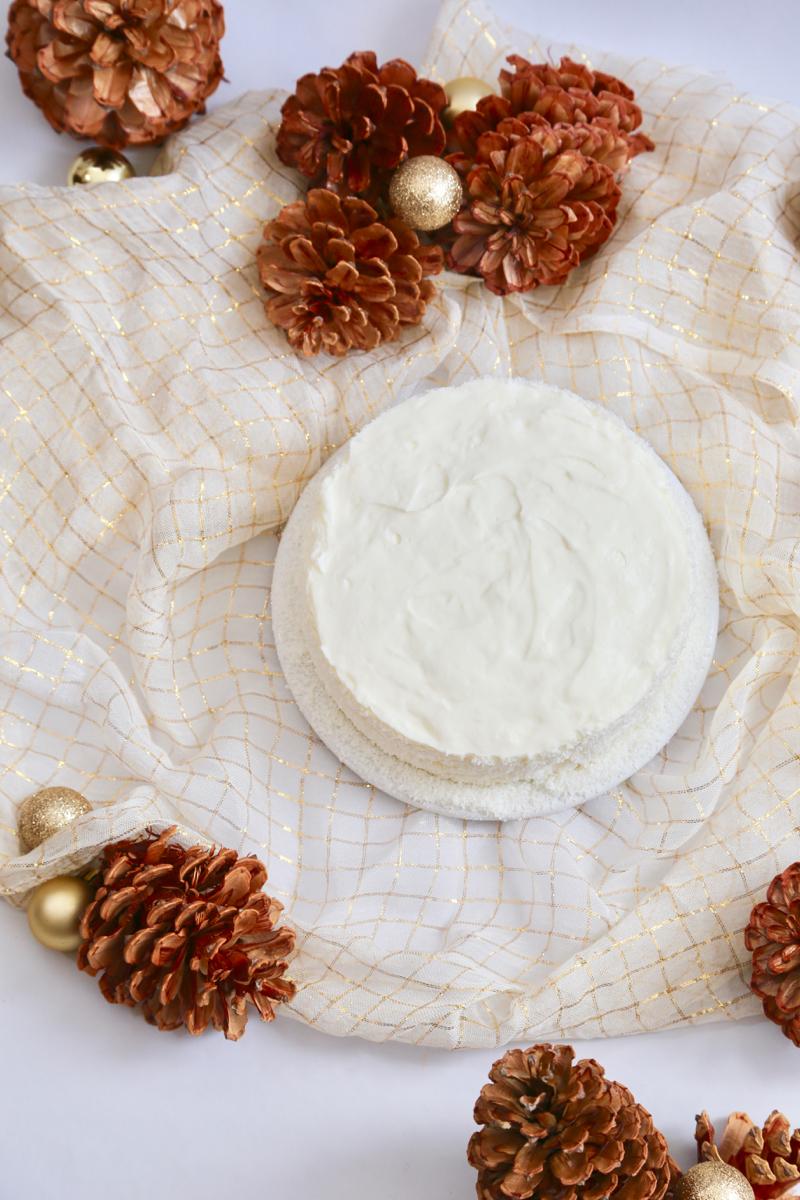 Gâteau de Noël à la noix de coco, comme de la neige