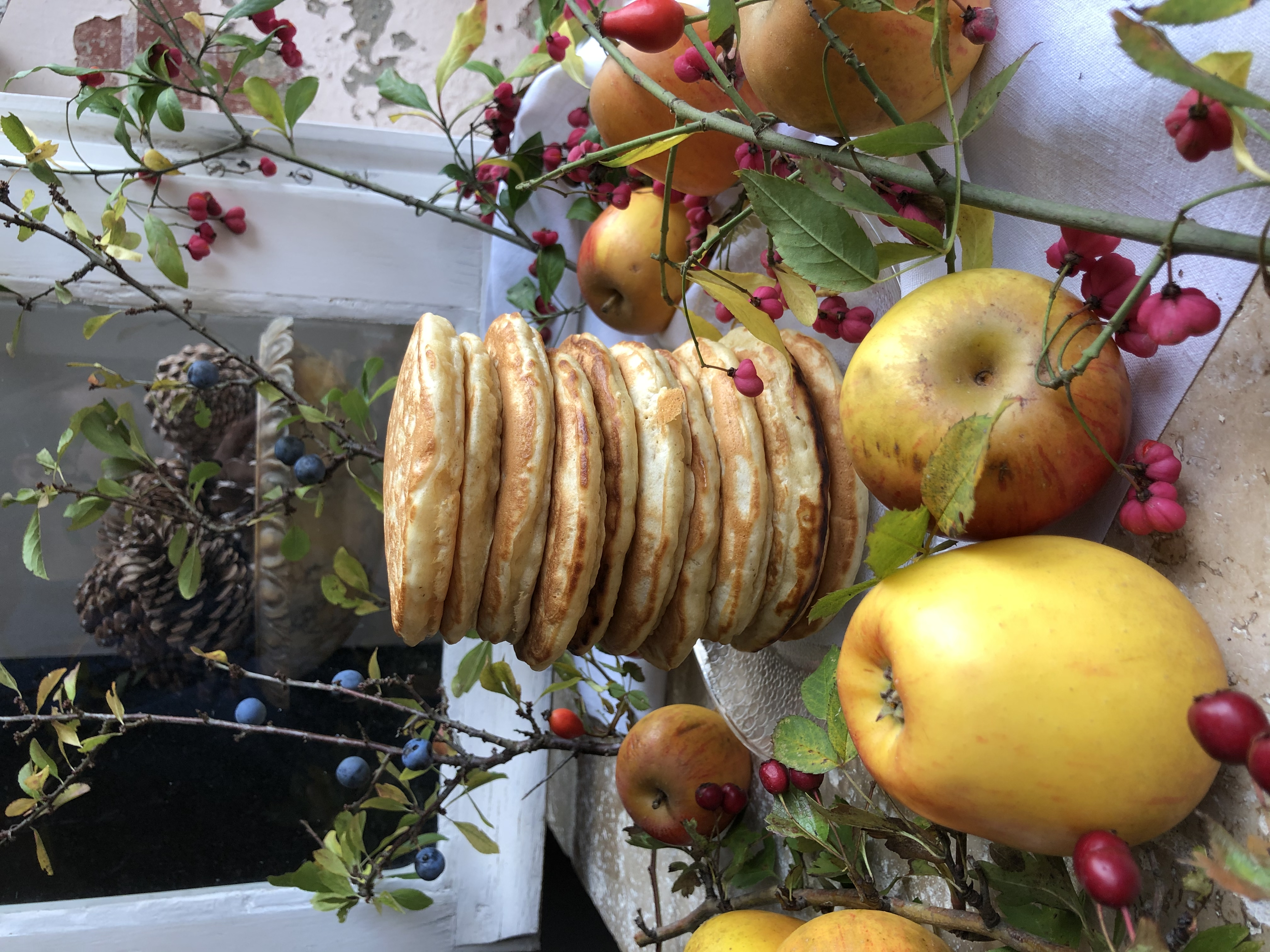 Pancakes aux pommes et caramel au beurre salé